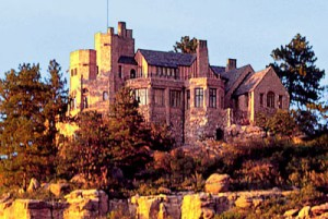 Cherokee Ranch Castle, Visiting Castle Rock